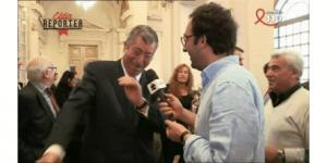 Gif avec les tags : Balkany,fuck,quenelle